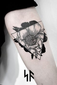 Floral geometric tattoo // SV.A Эскиз мой.