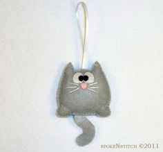 Felt Christmas Ornament - Grey Kitty. $10.50, via Etsy.