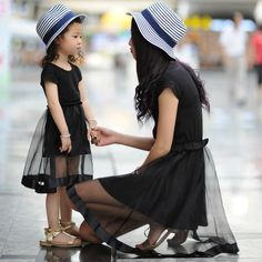 2016 Summer New Hot Sale Mother And Daughter Slim Dresses Short Sleeves Fashion Family Look Parent Child Dresses With Organza Matching Outfits For Mother And Son Mother And Toddler Matching Outfits From Venusdresses, $22.35| Dhgate.Com