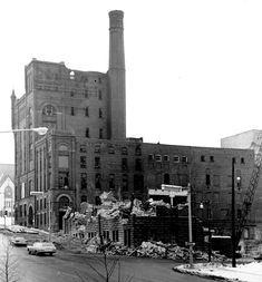 A January 1967 photo showing final demolition beginning of the old Grand Rapids Brewing Co./Fox Deluxe Brewery building on Michigan Street between Ottawa and Ionia Aves. The state of Michigan purchased the urban renewal site for $161,000. The state office building stands here today. (Grand Rapids Press file photo).