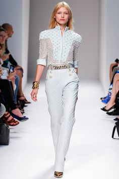 Balmain Spring 2014 Ready-to-Wear Fashion Show - Hana Jirickova (SILENT)
