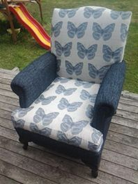 STUNNING BUTTERFLY QUEEN ANNE CHAIR