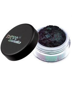 Neve Cosmetic: Ombretto Dragon: vegano in polvere libera 100% minerale. Usalo asciutto per un effetto naturale, bagnato per aumentarne l'intensità ed i riflessi. Aggiungilo a blush, ombretti e smalti per creare tonalità personalizzate. Nero fumo che quando è colpito dalla luce origina due diversi riflessi: uno color verde smeraldo e l'altro viola caldo.E' il primo Double Duochrome: un pigmento 100% minerale che sfrutta la rifrazione della luce per dar vita a doppi riflessi cangianti e…