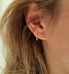 Small silver hoops earrings pair, tiny hoops, mismatched hoop earrings, sleeper earrings, hoop earrings set of – hoopearrings 2nd Ear Piercing, Pretty Ear Piercings, Double Ear Piercings, Ear Jewelry, Cute Jewelry, Jewellery, Small Earrings, Hoop Earrings, Etsy Earrings
