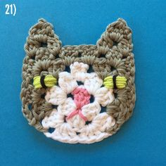 Part 6 - Grannysquare Cat - free pattern on instagram from @ suregal27 - Rico Design Creative Cotton Aran weight, 5mm hook.