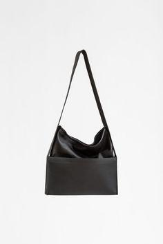 Obsidian | CHIYOME - Minimalist Handbags