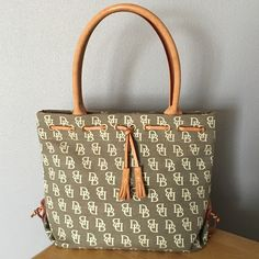 Dooney & Bourke Tote Dooney & Bourke Tote from the Multi Leisure collection.  Brand new!!! Dooney & Bourke Bags Totes