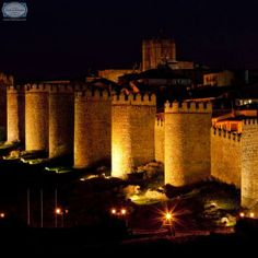 The #WallsOfAvila surround the old quarter of the Spanish city. These picturesque walls have nine gates and 88 towers and are the city's principal historic feature. At night, the walls are lit up and are a surreal sight to behold. #Spain
