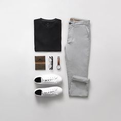 Not skimping on neutrals and on comfort today in my black cotton tee and grey chinos (by far the most comfortable… Grey Chinos Men, Chinos Men Outfit, Black Chinos, Gentleman Mode, Gentleman Style, Trendy Outfits, Fashion Outfits, Men With Street Style, Outfit Grid