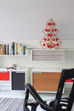 Tree24 is suitable for both modern and traditional home. www.beandliv.com #adventcalendar #wooden #homedecor