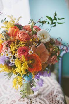 Tulip Bouquet, Flower Bouquet Wedding, Floral Wedding, Trendy Wedding, Bridal Bouquets, Purple Bouquets, Flower Bouquets, Purple Wedding, Wedding Flower Arrangements