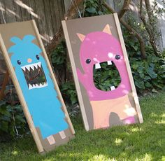 Your kiddos will love this backyard bean bag toss.