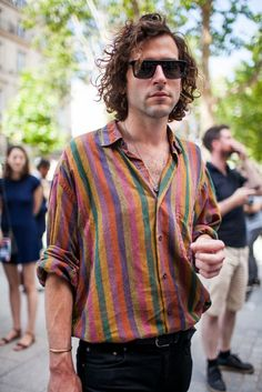 Out and about at Paris Men's Spring 2017 Fashion Week. Sponsored Sponsored Out and about at Paris Men's Spring 2017 Street Style Fashion Week, Look Street Style, Mens Fashion Week, Fashion 2017, Look Fashion, Men Hipster Fashion, Fashion Clothes, 80s Men's Fashion, Bohemian Mens Fashion