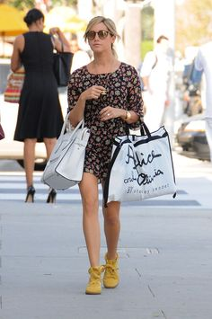 Ashley Tisdale - Ashley Tisdale Goes Shopping with a Friend