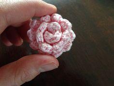 Crochet small rose