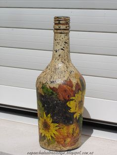 ¡Vamos a reciclar! - Botella con decoupage y craquelado
