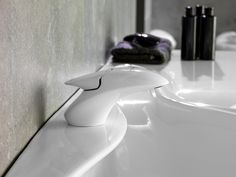 ↬ Vitae #taps ↫ Advanced #design inspired by water and organic shapes #bathrooms #bathroomdesign
