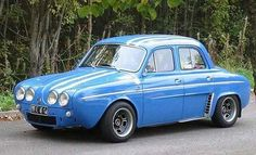 Renault Dauphine Gordini Project Retro Cars, Vintage Cars, Maserati, Renault Sport, Bmw Classic Cars, Citroen Ds, Fiat 500, Old Cars, Sport Cars