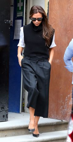 Victoria Beckham reinvents summer's cropped pants for fall. Idk why I love everything she does but I can't help myself. Must get all of this.
