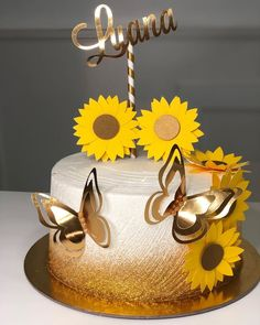 Sunflower Birthday Cakes, Sunflower Party, Sunflower Cakes, Birthday Cake For Him, Cookie Cake Birthday, Birthday Cakes For Women, Beautiful Cakes, Amazing Cakes, Quinceanera Cakes
