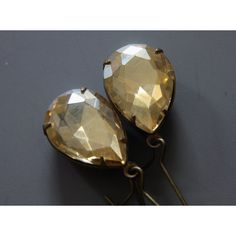 Teardrop Vintage Rhinestone Earrings (€14) ❤ liked on Polyvore featuring jewelry, earrings, rhinestone jewelry, vintage rhinestone jewelry, vintage jewellery, tear drop jewelry and rhinestone stud earrings