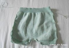 Paso a paso: pantalón corto de bebé… | Lana de Rosas Knitting For Kids, Baby Knitting, Crochet Baby, Knit Crochet, Knitted Baby Clothes, Baby Pants, Baby Sewing, Kids And Parenting, Baby Dress