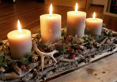 Wonderful Free of Charge Advent Wreath art Tips Several churches number a good Advent-wreath-making function with the first Saturday with the season Rustic Christmas, Winter Christmas, Handmade Christmas, Christmas Time, Christmas Wreaths, Christmas Crafts, Christmas Centerpieces, Xmas Decorations, Art Floral Noel