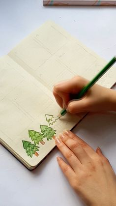 Bullet Journal Writing, Bullet Journal Ideas Pages, Bullet Journal Inspiration, School Notebooks, Bfg, Notes Design, Foto E Video, Planners, Journals