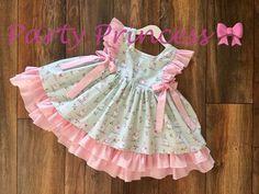 Frock Design, Baby Dress Design, Kids Frocks Design, Baby Frocks Designs, Spanish Baby Clothes, Mint Green Dress, Kids Dress Patterns, Frilly Dresses, Kind Mode