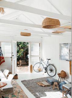 Get the look: Vintage Modern Surf Shack.Get the look: Vintage Modern Surf Shack. SurfHouseDecor decor homedecor modern Shack Get the look: The California Surf Shack casually coolGet the Look: The Surf Shack, Beach Shack, Surf Decor, Decoration Surf, Surf Style Decor, Surf Style Home, Surf House, Beach Cottage Style, Beach Cottage Decor