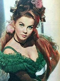 Ann-Margret Ann Margret Photos, Swedish American, Woman Movie, Vintage Hollywood, Classic Hollywood, Vintage Hairstyles, Beautiful Actresses, American Actress, Her Style
