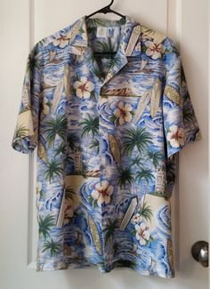 af70ff83 Hawaiian Shirt Vintage Royal Creations Men's XL Short Sleeve Shirt CLASSIC  HAWAII Scenes Diamond Head Aloha Tower Palms Surfboards Flowers
