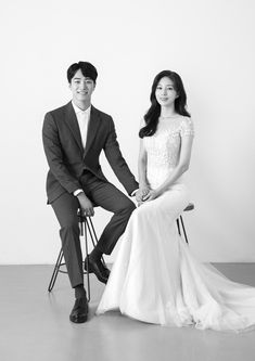 Wedding Couple Photos, Pre Wedding Photoshoot, Wedding Shoot, Wedding Couples, Dream Wedding, Korean Photoshoot, Korean Wedding Photography, Wedding Scene, Wedding Inspiration