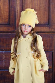 Beautiful little girls outfit. Little Girl Fashion, Fashion Kids, Beautiful Children, Beautiful Babies, Outfits Niños, Yellow Outfits, Look Girl, Foto Baby, Outfit Trends