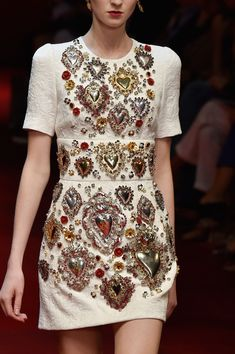 Dolce & Gabbana Spring 2015 Ready-to-Wear Collection Photos - Vogue Haute Couture Style, Couture Mode, Couture Fashion, Runway Fashion, High Fashion, Fashion Show, Womens Fashion, Fashion Trends, Milan Fashion