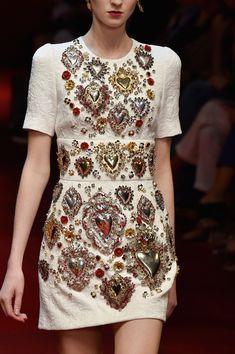 288 details photos of Dolce & Gabbana at Milan Fashion Week Spring 2015.