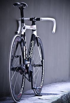 white black fixie bike