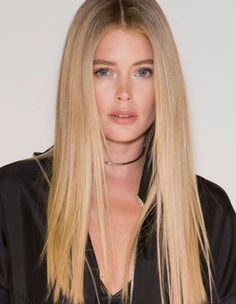 Doutzen Kroes Beautiful Models, Beautiful Celebrities, Beautiful Women, Doutzen Kroes, Blonde Couple, Fashion Models, Girl Fashion, Dna Model, Actrices Hollywood