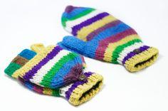 http://i1382.photobucket.com/albums/ah263/betweensummer/Gloves/_DSC0476_zpsmrzeqo9b.jpg ▲天氣冷的季節,需要溫暖的陽光撒下,一雙保暖的手套是必要的,怕你著涼,讓他好好照顧你吧!  http://i1382.pho...