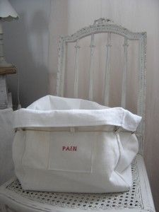 linen bread bag for freshly backed bread