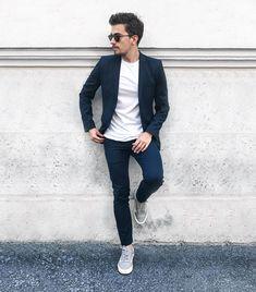 #ootd #ootdmen #street #streetstyle #stylemen #look #style #fashion #fashionista #men #menswear #menstyle #mensstyle #menfashion #mensfashion #spring #instafashion #mode #suit #blueoutfit #whitetshirt #bluesuit #hm #vans #tailor #tailoring #asos #sunglasses #paulandjoe