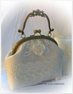 Menyasszonyi táska. Alkalmi és esküvői táska. Színházi táska ... dacf5d51f5