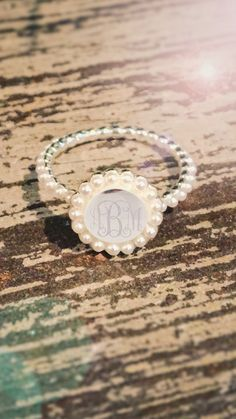 Our NEW Monogrammed Pearl Ring is so dainty and is a piece of jewelry you can… Cute Jewelry, Pearl Jewelry, Jewelery, Silver Jewelry, Jewelry Accessories, Pearl Rings, Pearl Bracelets, Pearl Necklaces, Pandora Jewelry