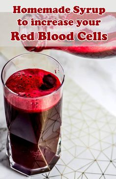 Easy homemade syrup recipe to increase your red blood cells and improve blood count. Health And Wellbeing, Health And Nutrition, Pulp Recipe, Healthy Drinks, Healthy Recipes, Almond Pulp, Homemade Syrup, Blood Cells, How To Squeeze Lemons