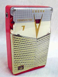 Crown TR-777 - Vintage Radio