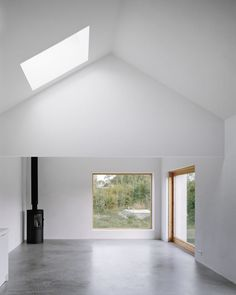 Minimalist house on island of Gotland is designed by Swedish architecture studio Etat Arkitekter. The family vacation house is built with concrete and wood. Minimalist Interior, Minimalist Home, Interior Architecture, Interior And Exterior, Interior Design, Interior Modern, Interior Paint, Architect House, Cheap Home Decor