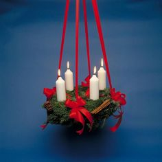 -Danish Christmas Tradition : Adventskransen (Advent Reef)