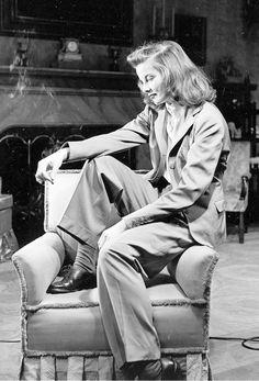 Cinema Connection--Katharine Hepburn Style Inspires Modern Menswear for Fall Katharine Hepburn, Vintage Hollywood, Hollywood Glamour, Classic Hollywood, Hollywood Fashion, Vintage Beauty, Vintage Fashion, Vintage Vogue, Gothic Fashion