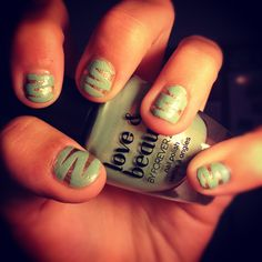 How to Make ZigZag Nails