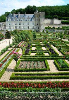 Château de Villandry                                                                                                                                                                                 Más